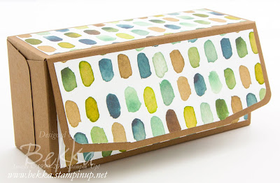 Make a box with an attached lid using the Gift Bag Punch Board from Stampin' Up! UK - video tutorial here