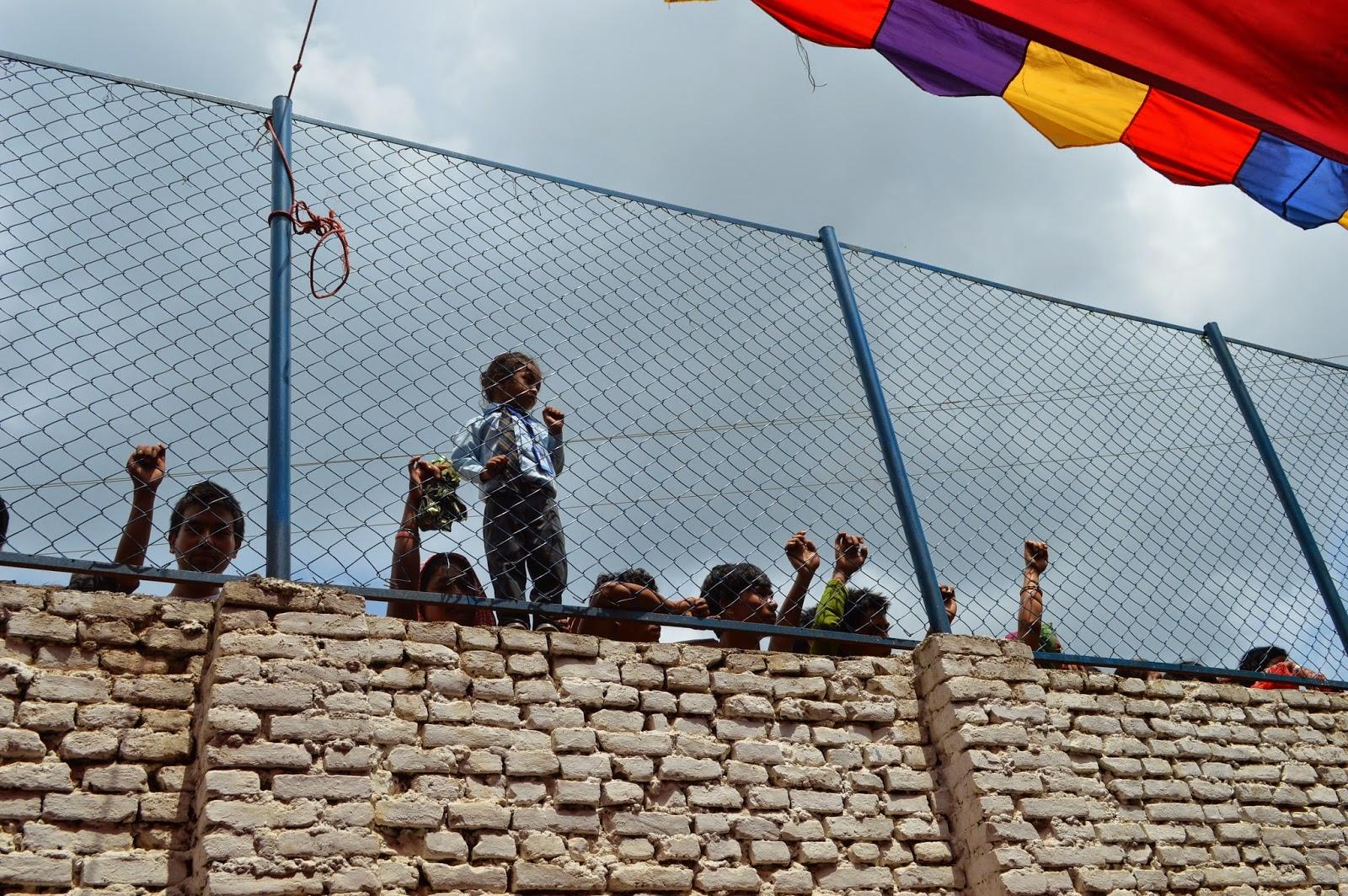Lisa die coole in nepal es gibt so viel zu feiern for Lampen aus es schlafen alle leute