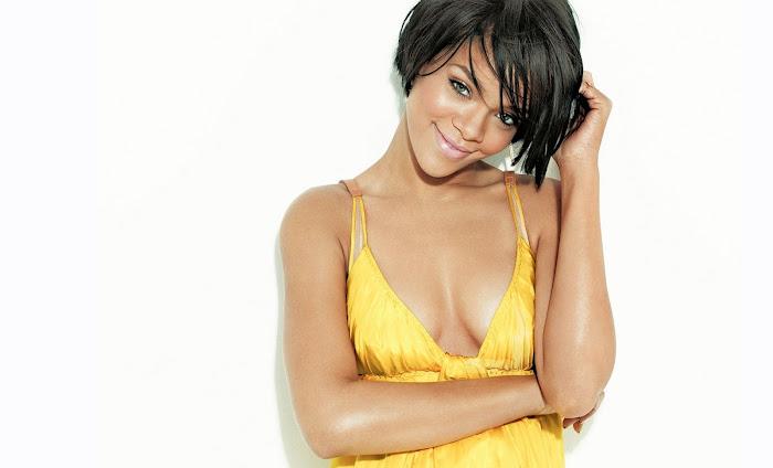 Rihanna HD Wallpaper -06