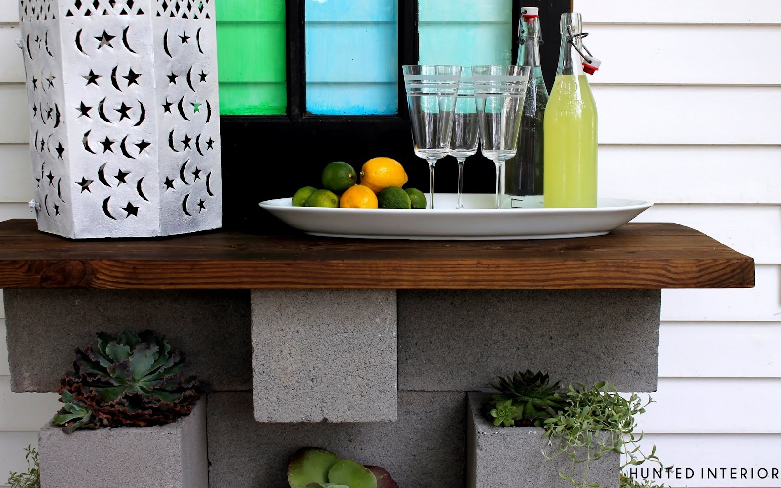 Hunted interior blocks on the rocks for Diy outdoor bar top