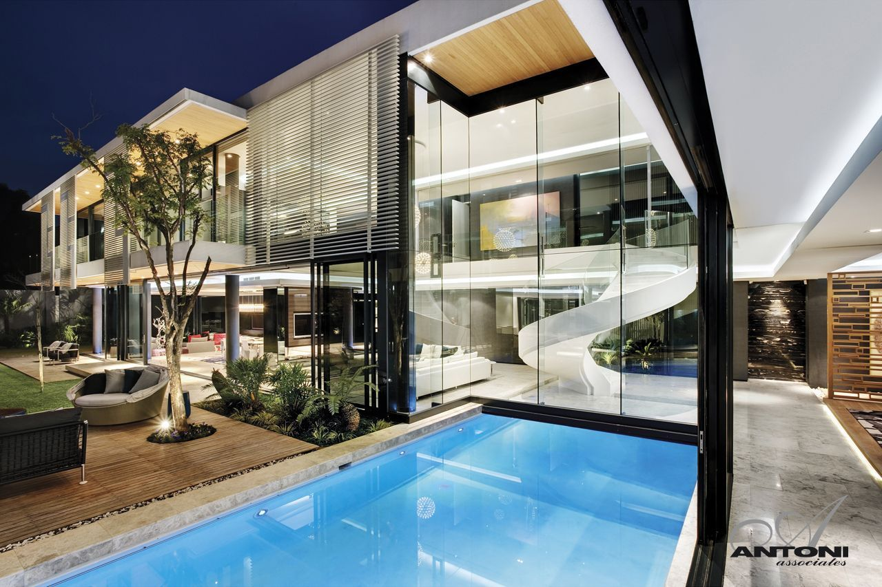 Dream homes in south africa 6th 1448 houghton by saota for Pool design johannesburg