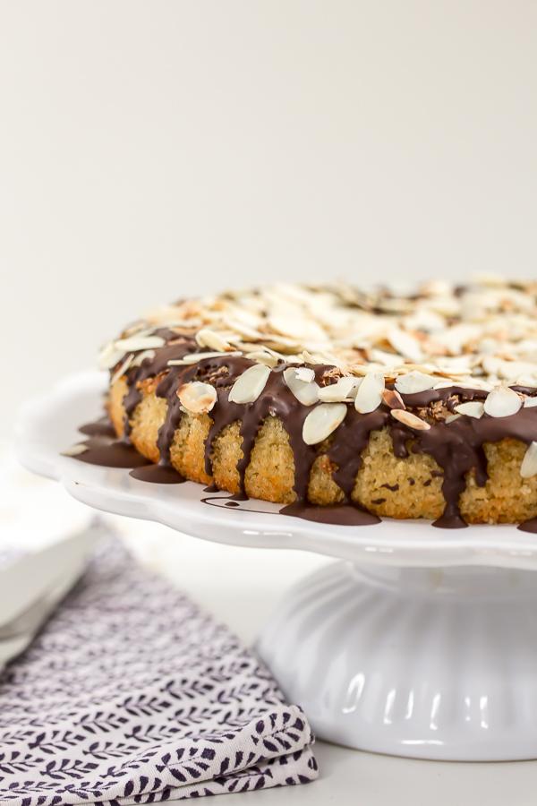 Amalie loves Denmark Mandelkuchen mit Schokoladen-Topping glutenfrei