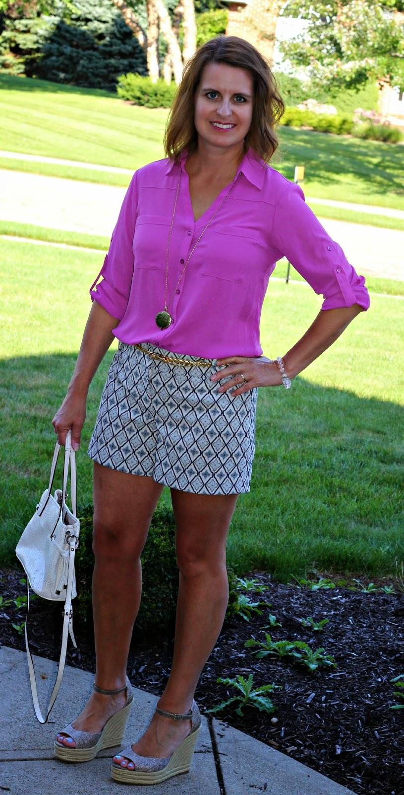 Express portofino, patterned shorts, espadrille wedges