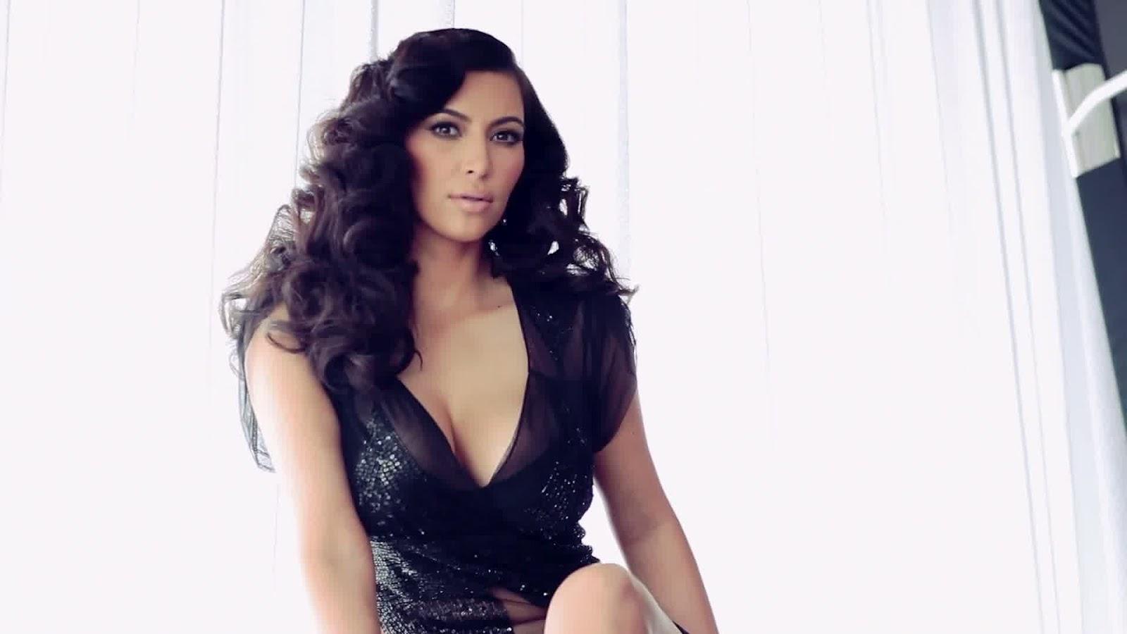http://3.bp.blogspot.com/-Gx-qG5TlLX8/T4qI5HbLLVI/AAAAAAAAHtI/KeiXQFYKDig/s1600/Kim-Kardashian-2.jpg