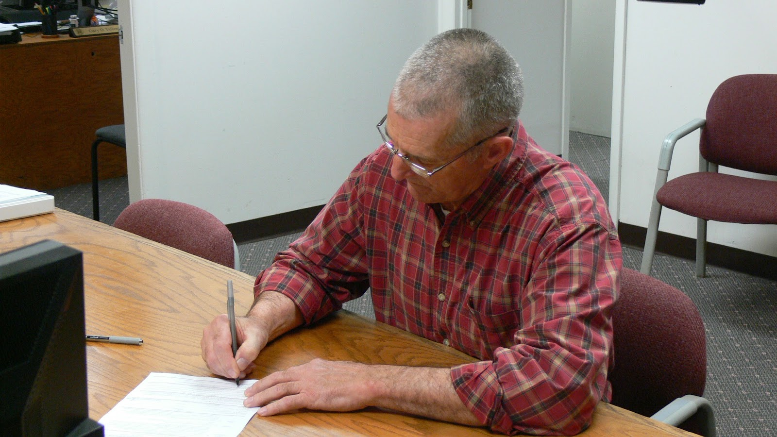 Paul Higdon files for County Commissioner in District III