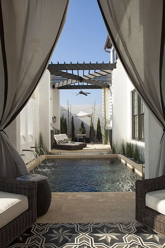 10 backyard pools to steal your heart | Image via VRBO