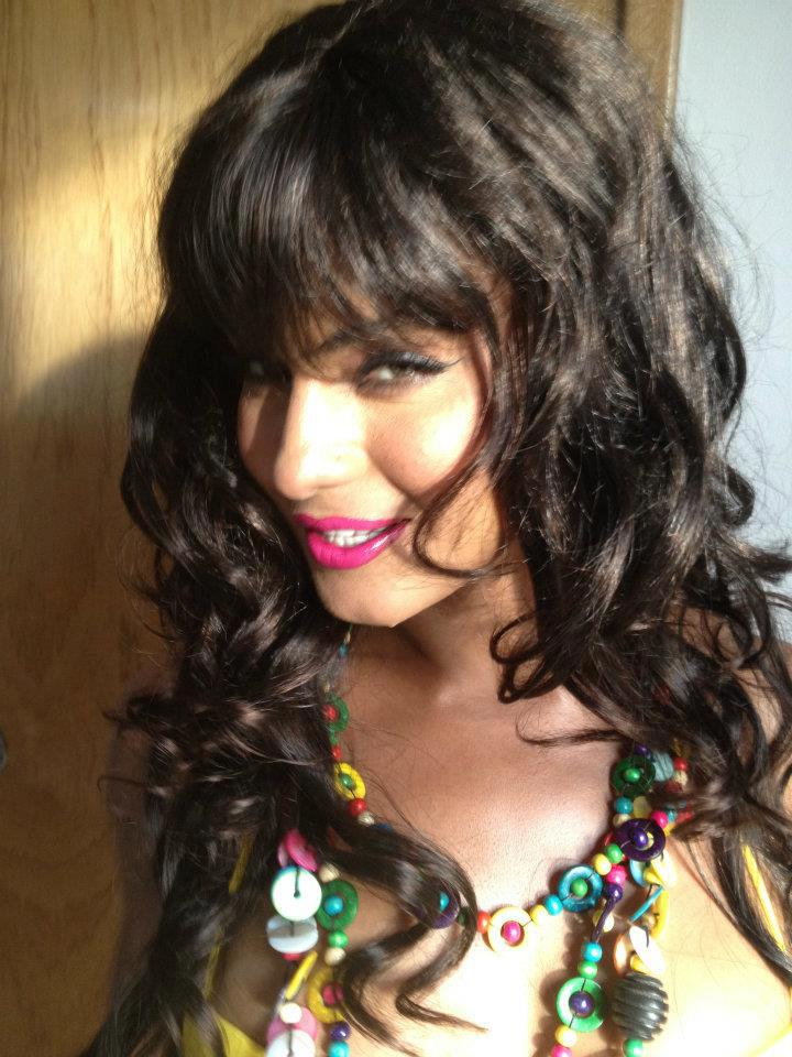 Latest Veena Malik Pictures Private from set Of Super ...