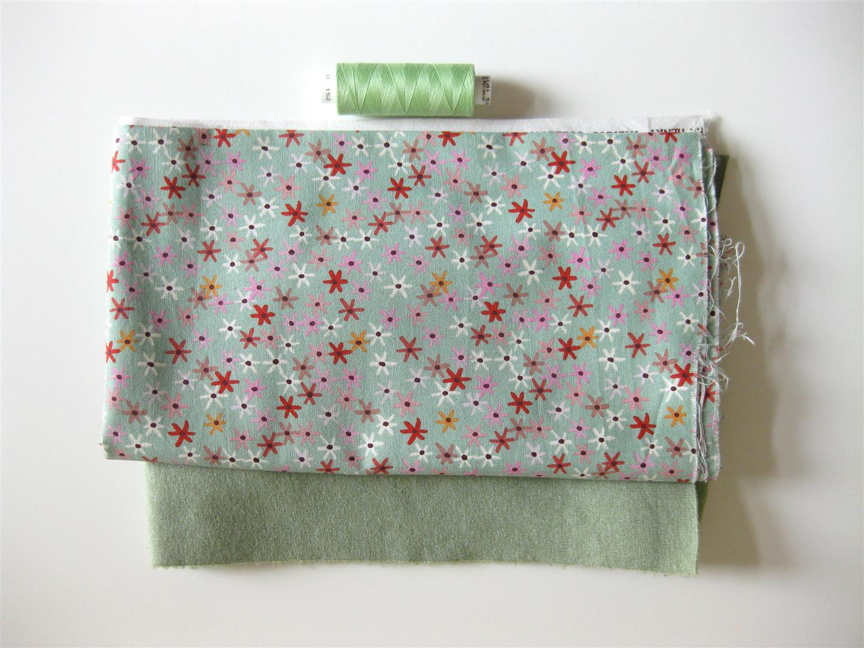 So sweet! Baby-Jäckchen und Schnullerkette - free pattern!