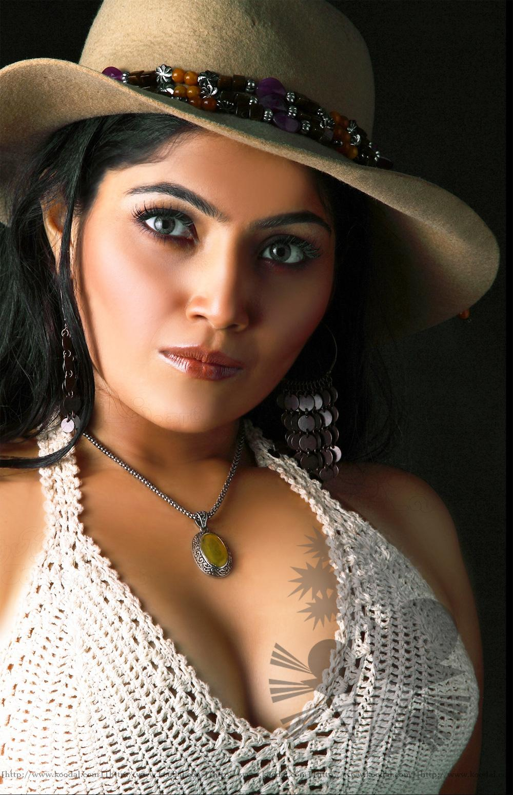 Telugu Hot Actress