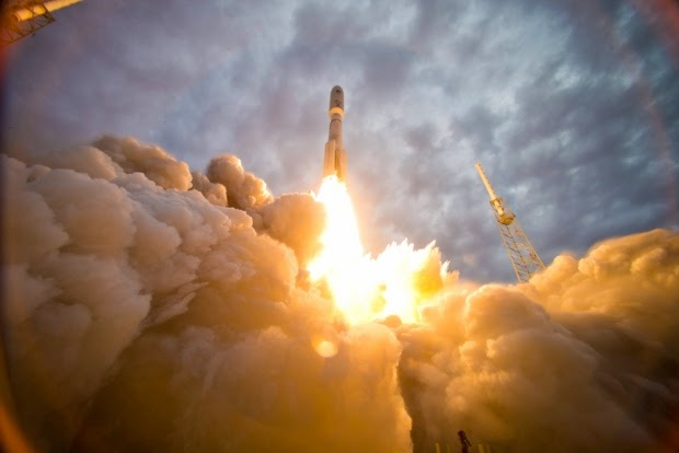 Military News - US-Russia tension could affect space station, Air Force satellites