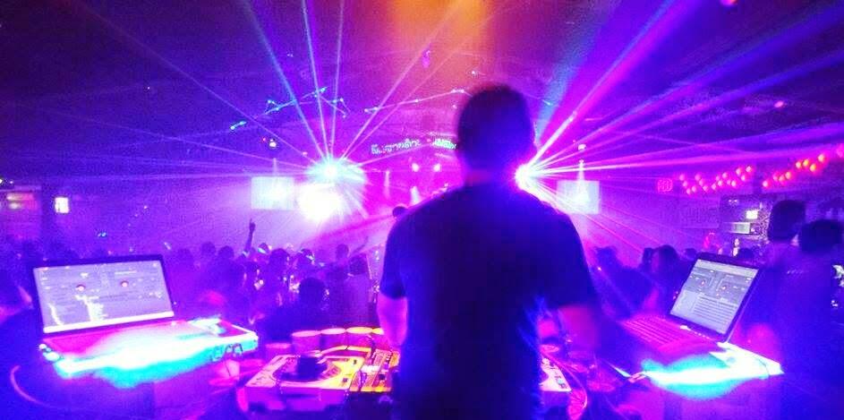 Download [Mp3]-[Hit Dance] Dance Remix by ดีเจเชลล์ ไข่เค็ม ใหม่ล่าสุด เปิดสนุกสนานปีใหม่ 2015 [Solidfiles] 4shared By Pleng-mun.com