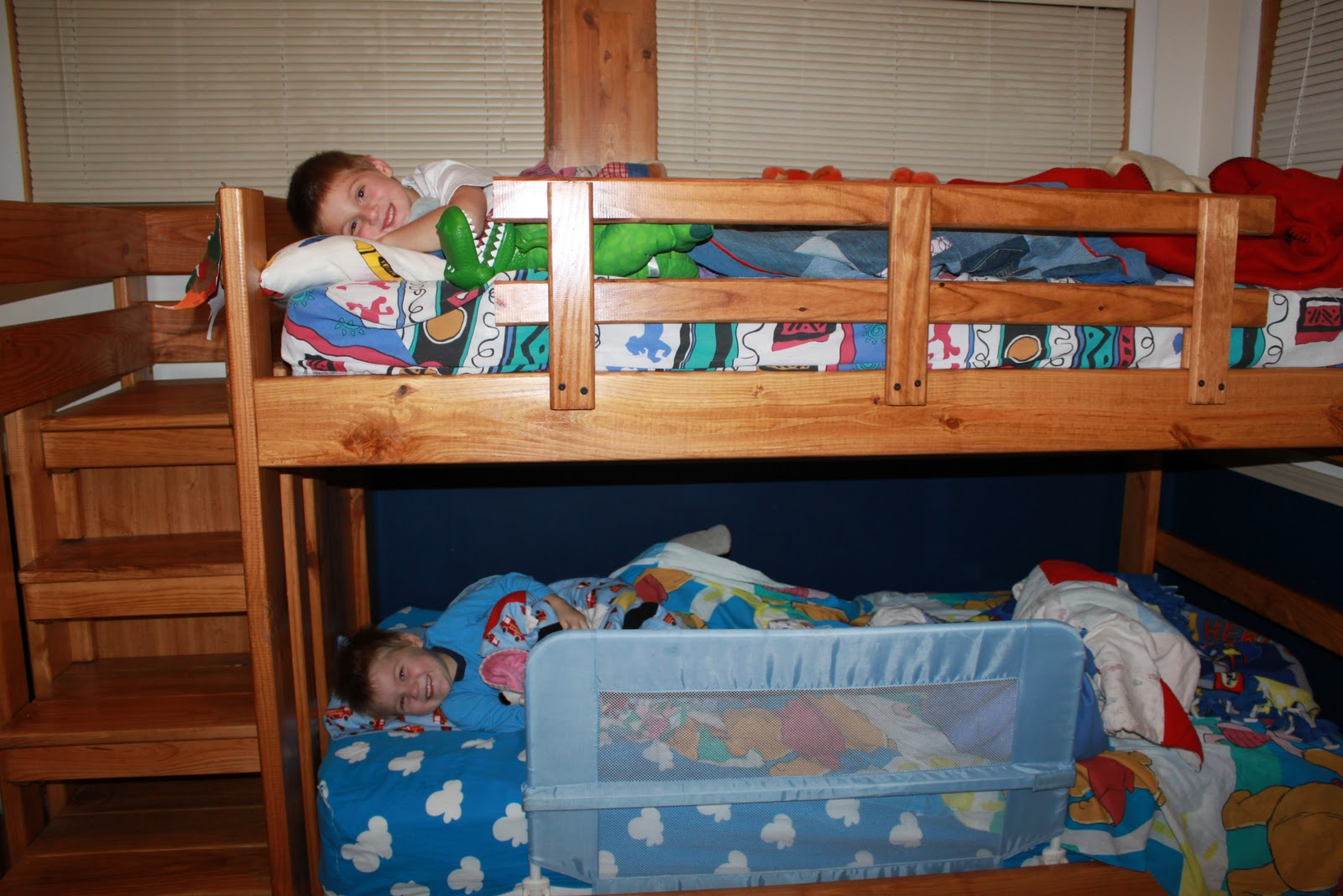 The Drays Today: Bunk Beds and Halloween