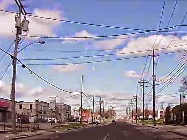 http://sciencythoughts.blogspot.co.uk/2014/05/fireball-over-southern-ontario.html