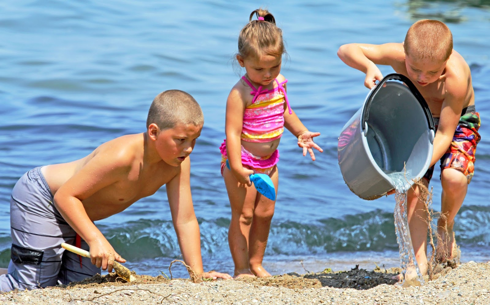 Kids Swimming In A Lake funke photos: at the lake: kids at play