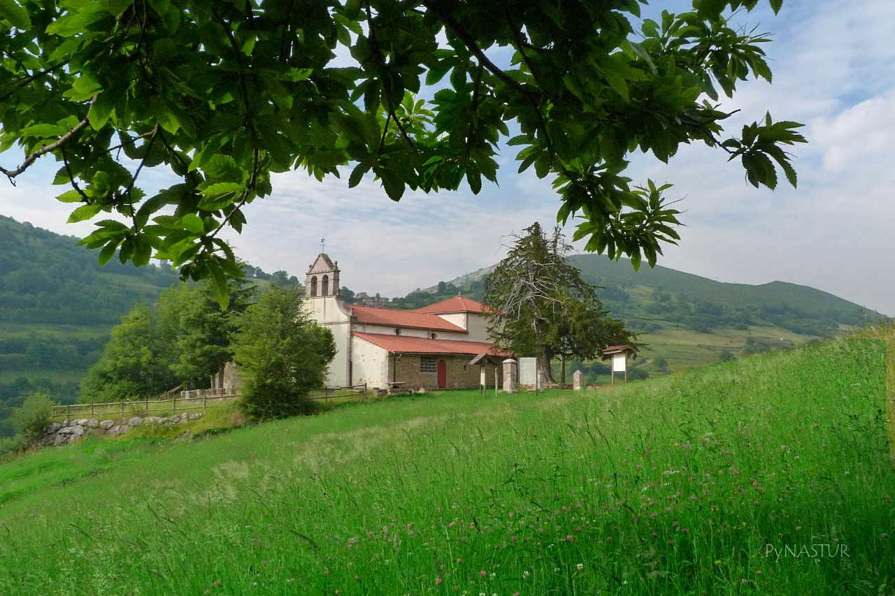 Ermita de Pedroveya - Ruta de Las Xanas - Asturias