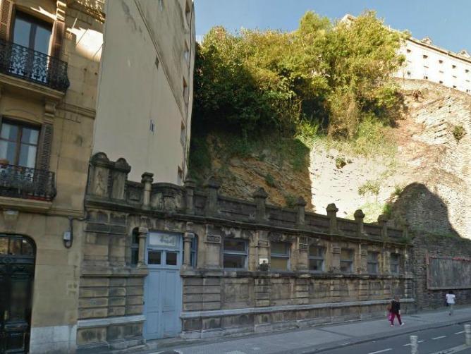 Ayer y hoy de Donostia - Las Casas de baños (2).