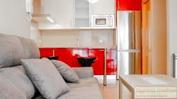 Piso de dos dormitorios en alquiler junto a Plaza de España, con o sin muebles. 600€