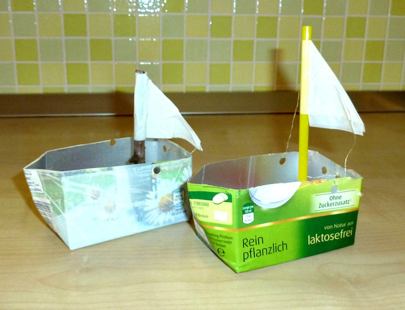 How to make boats for kids from repurposed materials for Craft model with waste material