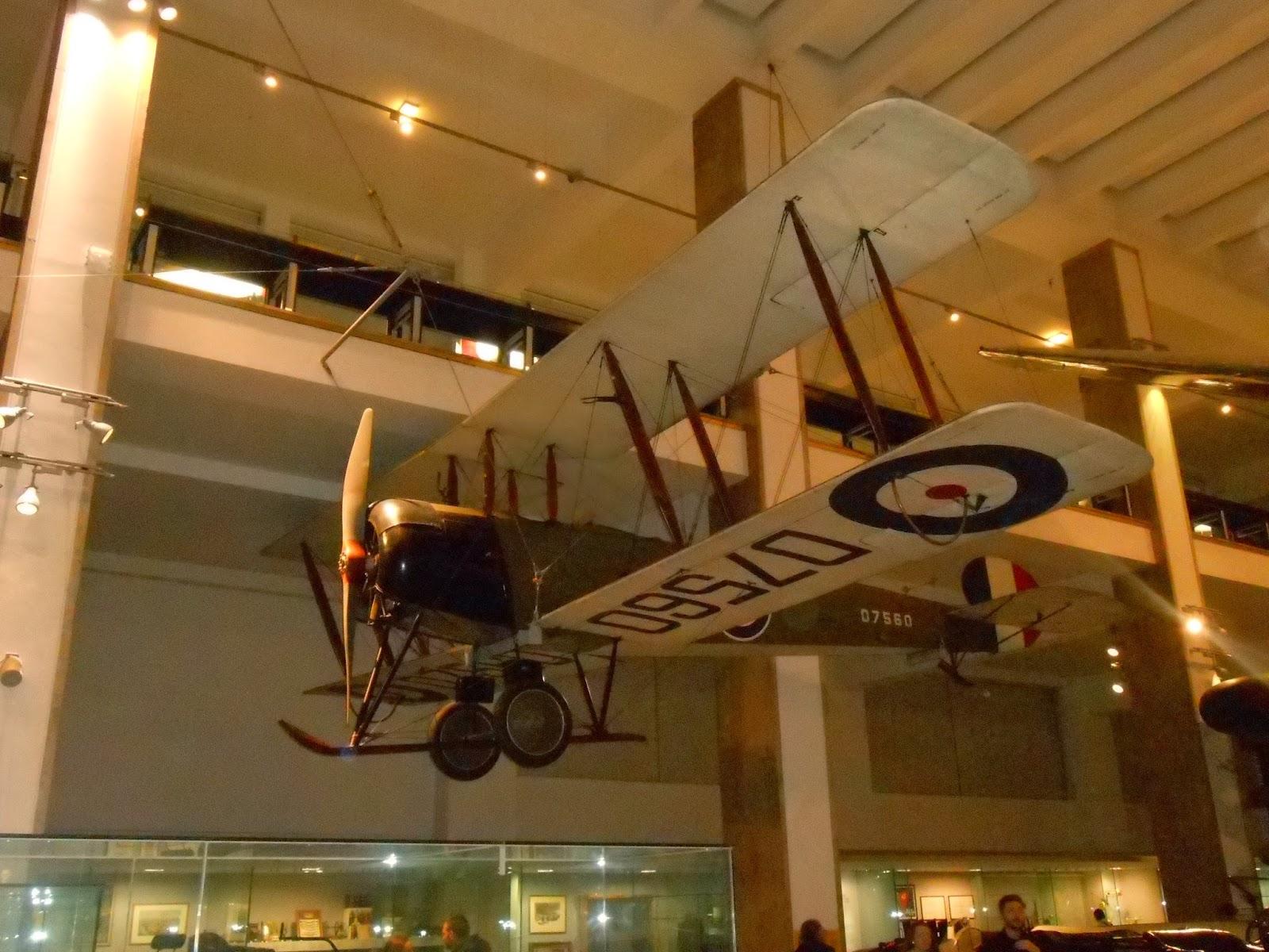 Samolot w Muzeum Nauki.