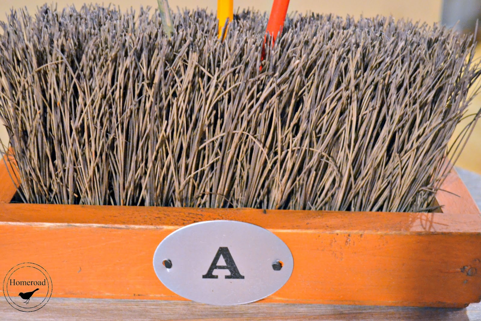 push broom desk organizer www.homeroad.net