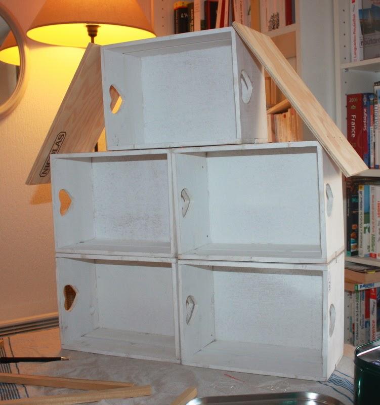 une chambre moi diy une maison en bois pour les. Black Bedroom Furniture Sets. Home Design Ideas