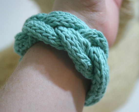 knit bracelet, art of blank