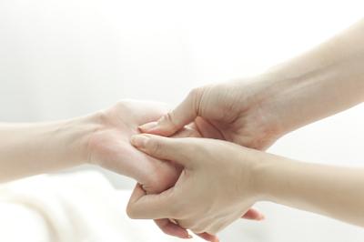 Doa dan Terapi yang Diajarkan Rasulullah untuk Menyembuhkan Bagian Tubuh yang Sakit
