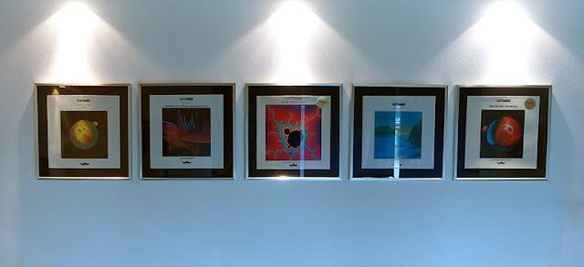 Les premiers disques de Software encadrés chez Peter Mergener / photo S. Mazars