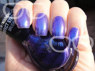 Nicole by OPI Justin Bieber One Less Lonely Girl swatches