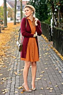http://3.bp.blogspot.com/-H-9zHqQy7eo/UJDzXEcXImI/AAAAAAAAREA/fhBgODA1m0c/s1600/orange+and+burgundy+outfit.JPG
