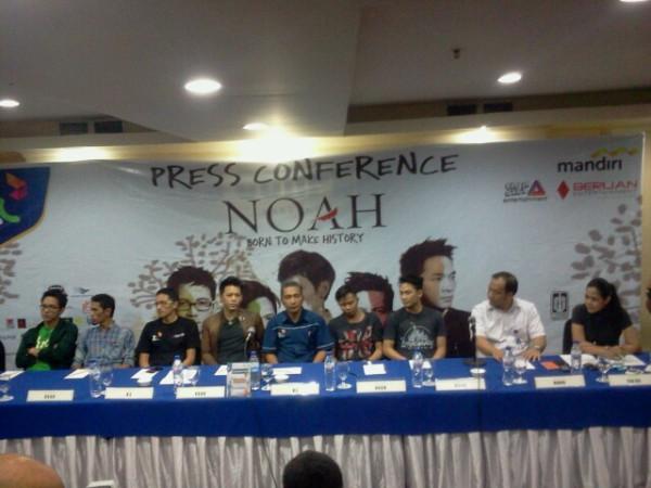 1-Press Conference di ballroom hotel Aryaduta Makassar. #NOAHbornToMakeHistory Makassar