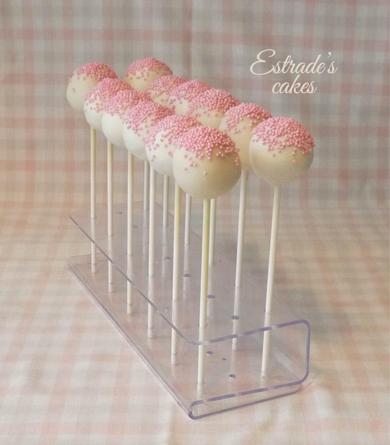 cake pops sencillos pero elegantes para primera comunión - 1
