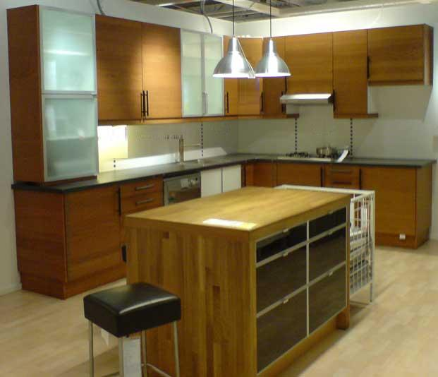 Nice Kitchen Design, Happy Cooking