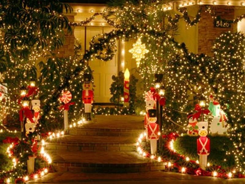 Outdoor Holiday Decorating Ideas Part - 29: Beauty Christmas Decorating Ideas