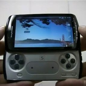 sony ericsson xperia play - ponsel android untuk GAMER