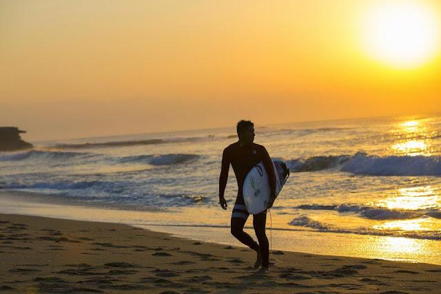34 Rip Curl Pro Bells Beach 2015  Miguel Pupo WSL Kelly Cestari