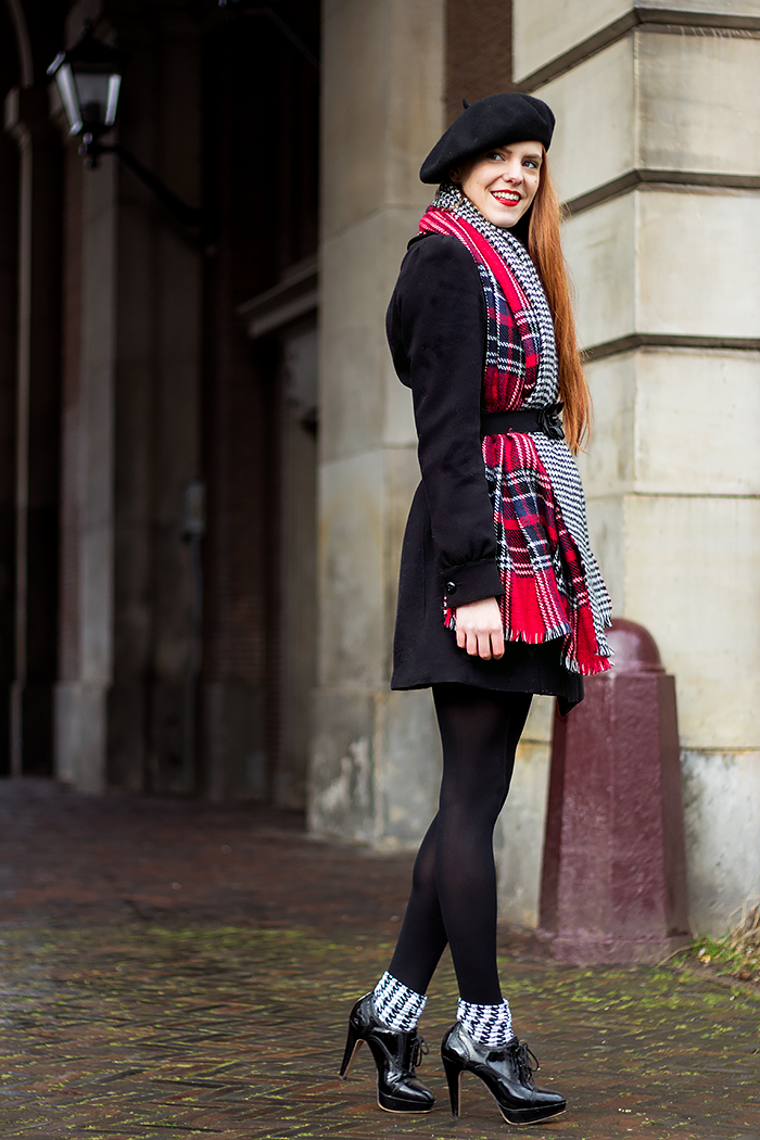 Fashion blogger outfit with belt over scarf and houndstooth socks