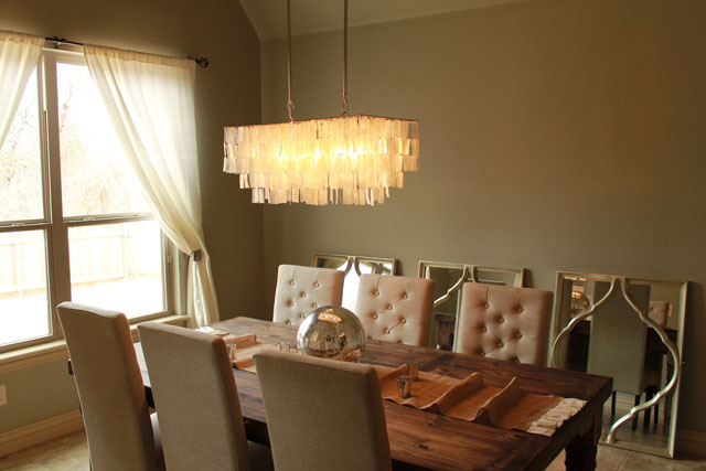 The peak of tr s chic rustic glam dining room update for Glam dining room ideas