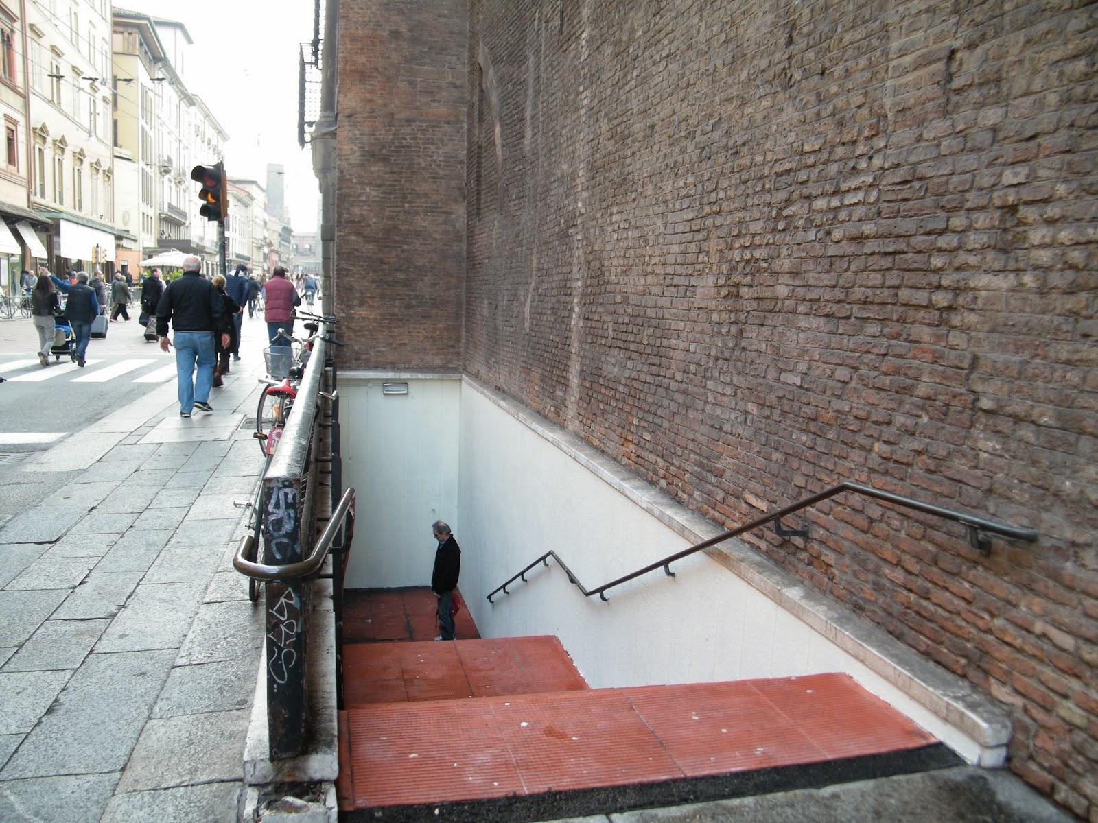 Sottopassaggio Bologna