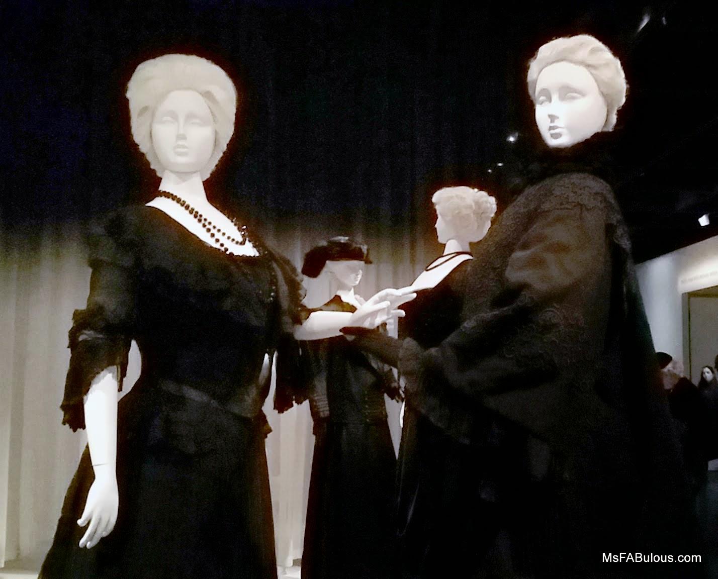 mourning fashion