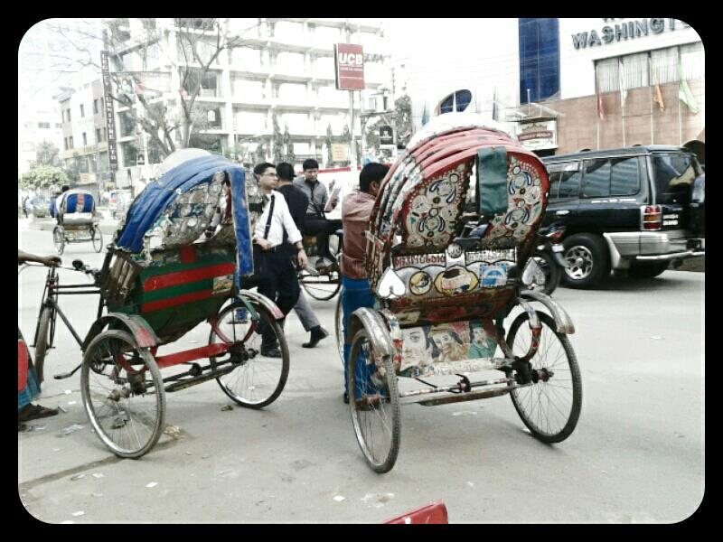 travel, Rickshaws at Gulshan Road, Dhaka, Bangladesh
