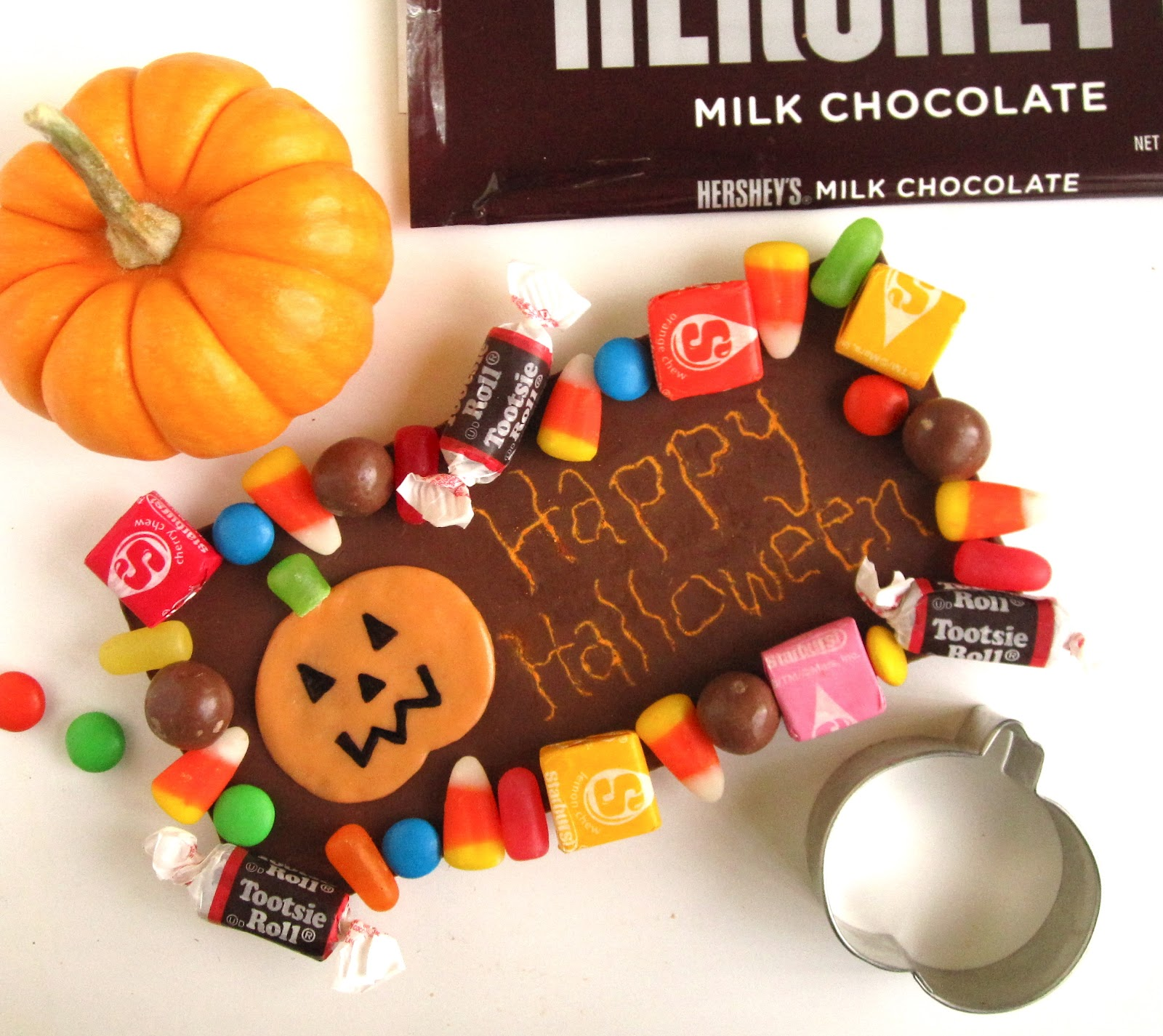 The Ultimate Halloween Candy Bar (With Customizable Toothpick ...