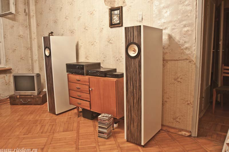 Дизайны акустических колонок