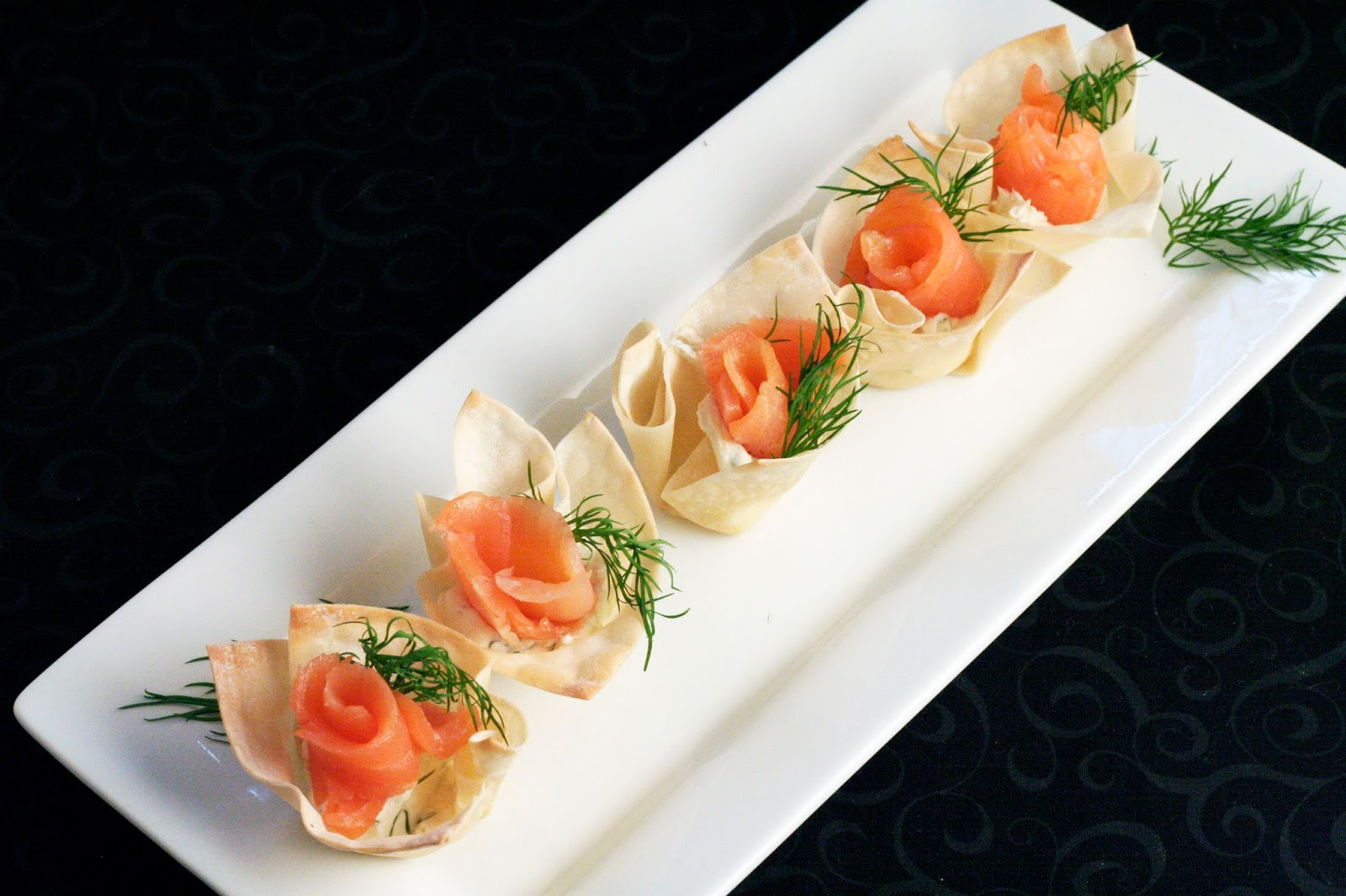 Smoked salmon appetizer rolls