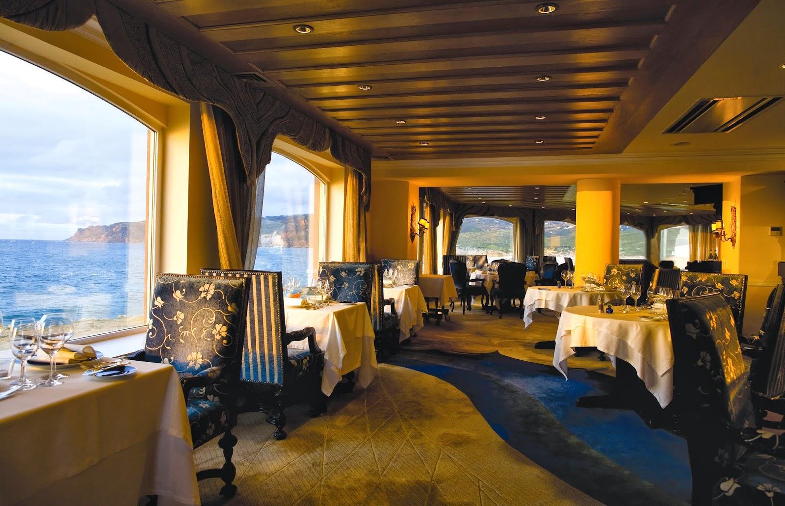 Restaurante do hotel fortaleza do guincho em cascais com for Hotel michelin