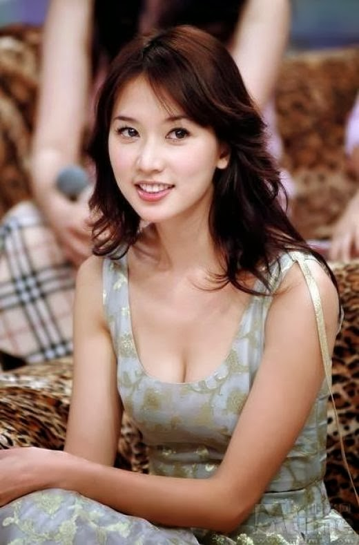 林志玲——女人30一枝花 - Lin Chi-ling - a beauty at 30