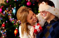 Dilema zilei: cadouri de Crăciun pentru iubit