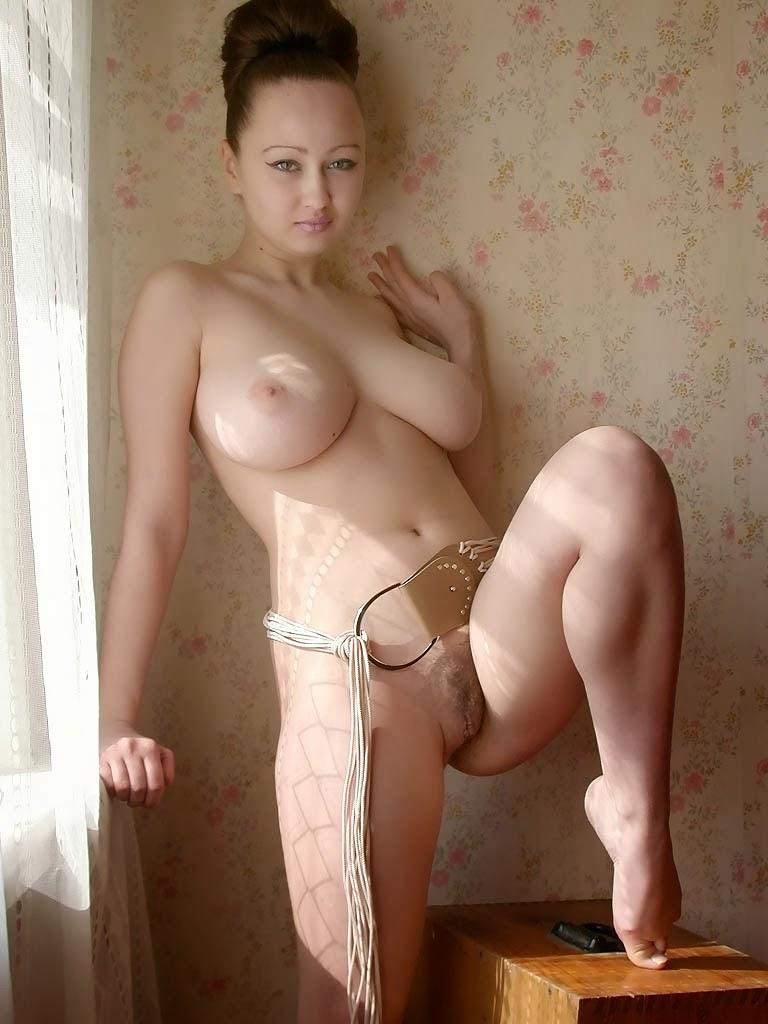 Фото голая русская девушка с большими сиськами 13966 фотография