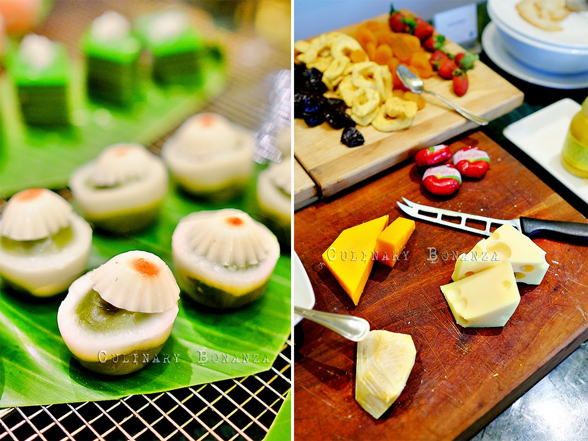 Indonesian kue and cheese table