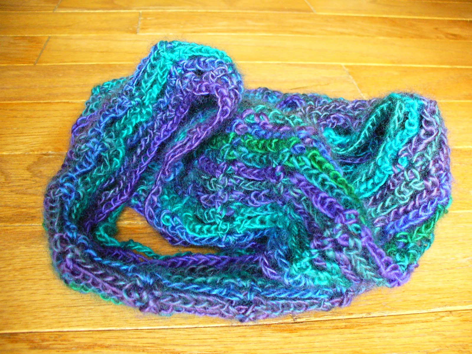 Sanity by Stitches: Lacy Ladder Cowl - Pattern